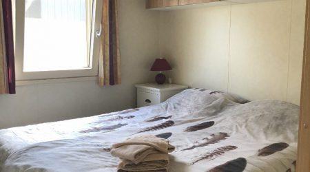 slaapkamer woonboot2 (768x1024)